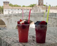 Grattachecca: un mix di ghiaccio e frutta da gustare nella Capitale