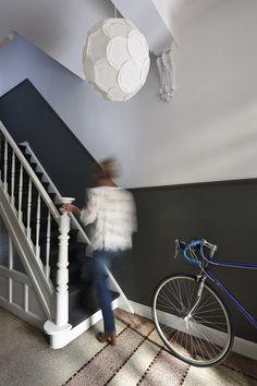 Met diep zwart en helder wit ontstaat er een mooi contrast om accenten te leggen en architectuur te laten spreken. Histor The Color Collection - Inspiratie | Histor