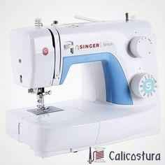Estamos ante una máquina de coser ideal para personas principiantes sin dejar de lado sus completas características. Totalmente equipada, estéticamente bonita y con un sencillo uso, la máquina de coser Singer Simple 3221 es una de las más compradas por nuestros usuarios. #maquinasSinger