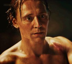Tom Hiddleston, King God of sexy