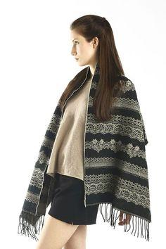 WARM WINTER Shawl Wave Pattern Ladies Womens Fashion Festive Gift Scarf//Wrap