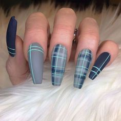 Plaid Nail Art, Plaid Nails, Sweater Nails, Best Acrylic Nails, Matte Nails, Gorgeous Nails, Pretty Nails, Hair And Nails, My Nails