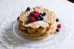 Waffeln, ein sehr schönes Rezept mit Bild aus der Kategorie Kuchen. 960 Bewertungen: Ø 4,6. Tags: Backen, Dessert, Kekse