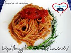 Ricetta #Tagliatelle di #farro al #sugo di #finocchio selvatico del blog 'LAURA IN CUCINA' (http://blog.giallozafferano.it/lauraricette/) #cirio #passionefoodblogger #pomodoro #pomodori #tomato #PullUpAChair