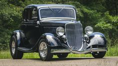 1933 Ford 5-Window Coupe Street Rod - 12