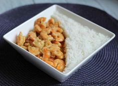"""I have tested this shrimp thai curry recipe from the super book """"Sophie Express"""". I am a big fan of his recipes and I own some of his books ♡ I often realize his recipe with or without robot Companion. I've just modified some … Source by chezcachou Thai Curry Recipes, Weight Watchers Program, Coconut Recipes, Perfect Food, Shrimp Recipes, Bon Appetit, Macaroni And Cheese, Food Porn, Food And Drink"""