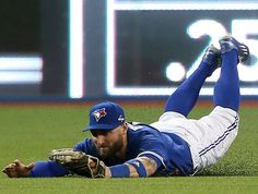 Blue Jays outfielder Kevin Pillar was the only American League player selected for the Wilson Defensive Player of the Year award as baseball's best centre fielder. Sports Baseball, Baseball Cards, Basketball, Football, Kevin Pillar, Blue Jay Way, The Outfield, American League, Toronto Blue Jays