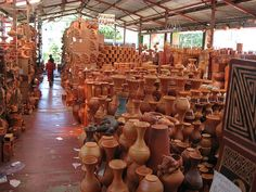 Clay work: Colombian Arts & Crafts
