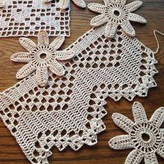 Crochet Patterns Lace Lace / Eding/Trim / Antique Lace / Tattered & Torn / Old Filet Crochet, Beau Crochet, Crochet Diy, Love Crochet, Irish Crochet, Beautiful Crochet, Crochet Crafts, Yarn Crafts, Crochet Projects