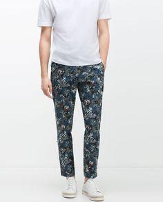 Bild 3 av BLOMMÖNSTRAD BYXA från Zara Mens Trousers Casual, Printed Trousers, Floral Prints, Zara, Pajama Pants, Pajamas, Sweatpants, Fashion, Pjs