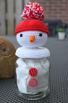 vullen met pepermuntjes en klaar is de snoeppot voor de Kerst