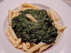Nudeln mit Spinatsoße nach Daisys Art, ein beliebtes Rezept aus der Kategorie Gemüse. Bewertungen: 8. Durchschnitt: Ø 3,6.