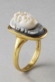 ROMAN CAMEO OF MEDUSA       DATE:  2nd Century AD  CULTURE:  Roman  CATEGORY:  Jewelry  MEDIUM:  Stone