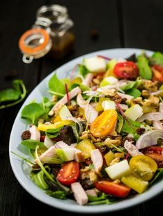 Vullende maaltijdsalade met honing mosterd dressing - The answer is food Good Healthy Recipes, Baby Food Recipes, Salad Recipes, Tapas, Quiche, Superfood Salad, Go For It, Convenience Food, Kitchen Recipes
