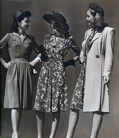 The pictures of various fashion eras are amazing on this site!  (text not in English)