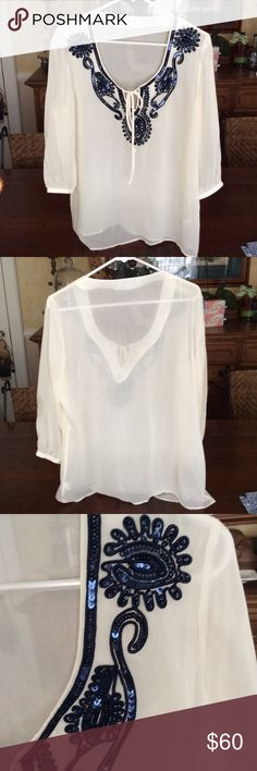 Banana Republic Silk Tunic NWOT This is a gorgeous silk tunic, just in time for summer! Recently purchased and was never returned to the store in time. Dry clean only. Banana Republic Tops Tunics