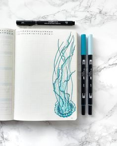 Blue jellyfish on a bullet journal Bullet Journal 2019, Bullet Journal Junkies, Bullet Journal Themes, Bullet Journal Spread, Bullet Journal Layout, Bullet Journal Inspiration, Journal Ideas, Jellyfish Drawing, Jellyfish Painting