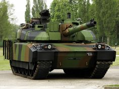 The AMX Leclerc, is a main battle tank (MBT) built by GIAT, in service with the French Army and the army of the United Arab Emirates. the French Army has a total of 406 Leclercs and the United Arab. Army Vehicles, Armored Vehicles, Char Leclerc, French Armed Forces, World Tanks, Tank Armor, Armored Fighting Vehicle, French Army, Battle Tank