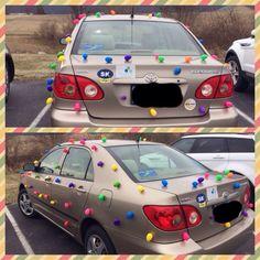 car pranks Car Prank -Plastic Easter eggs harmlessy stuck to car by putting mini Earth magnets inside them. Yard Pranks, Pranks To Pull, Funny Pranks, Pranks Ideas, Funny Memes, Best April Fools, April Fools Pranks, April Fools Day, Ideas