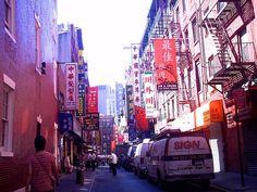 Fotografía: Clara Hernandez Korai - Chinatown Madrid, Times Square, Spain, Vacation, Travel, Life Symbol, Fotografia, New York City, Urban