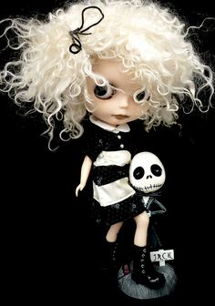 *-* Blythe dolls are too much but I do love them!