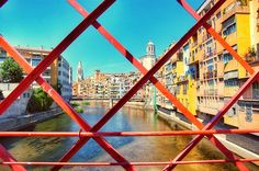 DAY TRIP TO GIRONA: 5 THINGS YOU CAN'T MISS :http://www.aniatravels.com/day-trip-girona-spain/