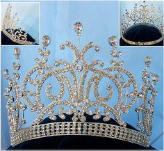 Large Silver Leaey-Spray 1905 English Rhinestone Pageant Crown Tiara