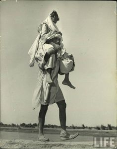 Migration between India and Pakistan after India's Partition, 1947.