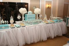 Tiffany & Co. See more bridal shower themes and… - Baby Shower Decors Tiffany Blue Party, Tiffany Theme, Tiffany Wedding, Tiffany And Co, Decoracion Baby Shower Niña, Tiffany Baby Showers, Bar A Bonbon, Tiffany's Bridal, Festa Party