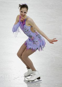 MOSCOW, RUSSIA - MARCH Carolina Kostner of Italy in action during the ladies free dance at the ISU World Figure Skating Championships at the Lunzhiki Sports Palace on March 2005 in Moscow, Russia. (Photo by Jamie McDonald/Getty Images) Figure Skating Competition Dresses, Figure Skating Costumes, Figure Skating Dresses, Roller Skating, Ice Skating, Carolina Kostner, Women Figure, Ladies Figure, World Figure Skating Championships