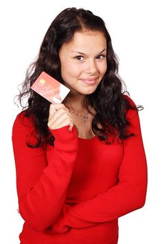 Why You Need to Say No to Store Credit Cards | GirlsGuideTo