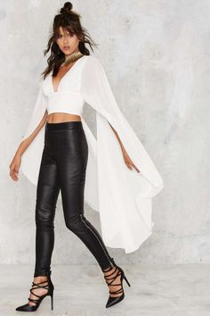 Nasty Gal Kimono Possible Cape Top - White - Do East Best Sellers Cropped Chic Outfits, Fashion Outfits, Womens Fashion, Ankara Gown Styles, High Fashion Dresses, Lace Tops, Nasty Gal, Custom Clothes, Coats For Women