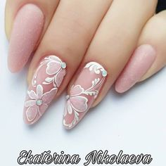 43 mind blowing wedding nail art designs for beautiful brides 17 Intheshadowof Uñas Flower Nail Designs, Best Nail Art Designs, Flower Nail Art, Acrylic Nail Designs, Nail Designs Spring, Acrylic Nails, Cute Nails, My Nails, Pretty Nails