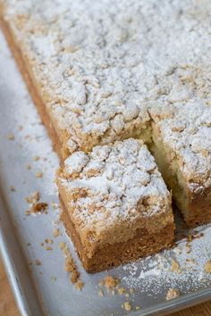 Hoboken-Carlos-Bakery-Cake-Boss-Buddy-Valastro-German-Crumb-Cake-Recipe-sliceYou can find Crumb cake recipes and more on our website. Cake Boss Buddy, Cake Boss Recipes, Frosting Recipes, Pasteles Cake Boss, Bakery Recipes, Dessert Recipes, German Coffee Cake, Carlos Bakery Cakes, Desserts