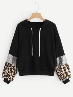 To find out about the Drop Shoulder Leopard Print Drawstring Hoodie at SHEIN, part of our latest Sweatshirts ready to shop online today! Pullover Outfit, Pullover Hoodie, Xl Mode, Pullover Design, Discount Womens Clothing, Winter Mode, Ootd Winter, Casual Winter, Women's Casual