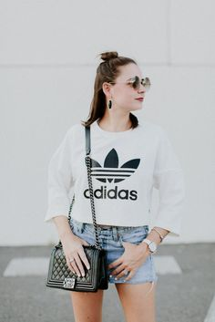 Chanel Boy Bag from vibes. Graphic Tee Style, Graphic Tees, Chanel Boy Bag, Casual Looks, Street Style, Crystal, My Style, Womens Fashion, Shirts