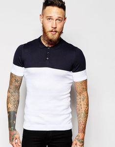 Discover men's polo shirts with ASOS. Shop from a range of polo shirt styles, from plain to striped to long sleeved shirts for men. Polo Shirt Style, Polo Shirt Design, Polo Design, Tennis Shirts, Tennis Clothes, Polo T Shirts, Stylish Men, Men Casual, Patron T Shirt