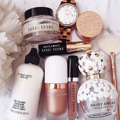 everyday makeup looks natural makeup looks makeup makeup affordable makeup Skin Makeup, Makeup Brushes, Beauty Makeup, Beauty Tips, Huda Beauty, Face Beauty, Eyeshadow Brushes, Beauty Care, Beauty Skin