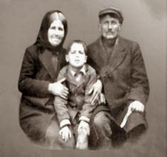 Old Photos, Vintage Photos, Old Greek, Photographs Of People, Christian Faith, Holy Spirit, Christianity, Saints, The Past