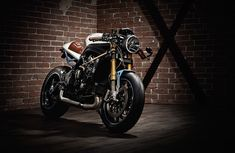 Kalup Triumph Speed Triple R Slaves ~ Return of the Cafe Racers