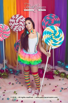 Props (Props and Scenography) for a Candyland Photoshoot. Sweet 16 Photoshoot. Cotton Candy. Giant wrapped candy. Candy Fashion.