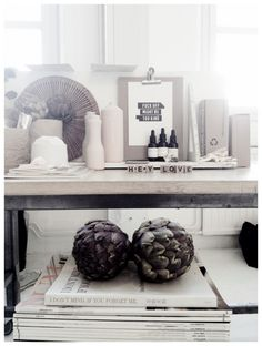 besides the cuss word, this tis beauty!! I am also in love with the artichoke. 2_Styling Gitte Christensen