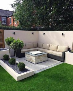 39 Way to Simple Garden Design For Small Backyard Ideas - ., 39 Way to Simple Garden Design For Small Backyard Ideas - . Garden Seating, Small Backyard, Small Gardens, Backyard Decor, Patio Design, Front Yard, Modern Garden, Modern Garden Design, Simple Garden Designs