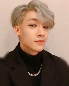 kpop idol as your - 𝐛𝐚𝐧𝐠 𝐜𝐡𝐫𝐢𝐬𝐭𝐨𝐩𝐡𝐞𝐫 K Pop, Sung Lee, Stray Kids Chan, Types Of Boyfriends, Shared Folder, My Little Baby, Lee Know, Boyfriend Material, K Idols