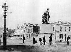Burke and Wills Memorial in original Collins St Melbourne location