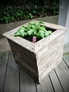 Things you can make out of pallets | 25 Vertical and Box Recycled Pallet Planters | Pallet Furniture DIY