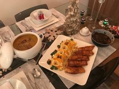 Štedrovečerné menu : kapustnica a zemiakový šalát s vyprážanou rybou
