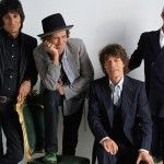 La banda de rock británica, The Rolling Stones, dio a conocer ayer, a través de su canal oficial de Youtube, su nuevo videoclip protagonizado por Noomi Rapacey dirigido por Jonas Akerlund.  El nuevo video de la banda coloca imágenes al temaDoom and Gloom, una de las dos nuevas composiciones (junto aOne Last Shot), incluidas …