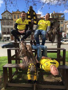 Porto ist schwarz gelb. Nettes Bild