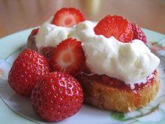 Köyhät ritarit - Canelian keittiössä - Vuodatus.net - Sweet Tooth, Strawberry, Fruit, Food, Essen, Strawberry Fruit, Meals, Strawberries, Yemek